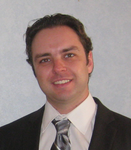 Dr(a) Marco Vinicius Losso Longo