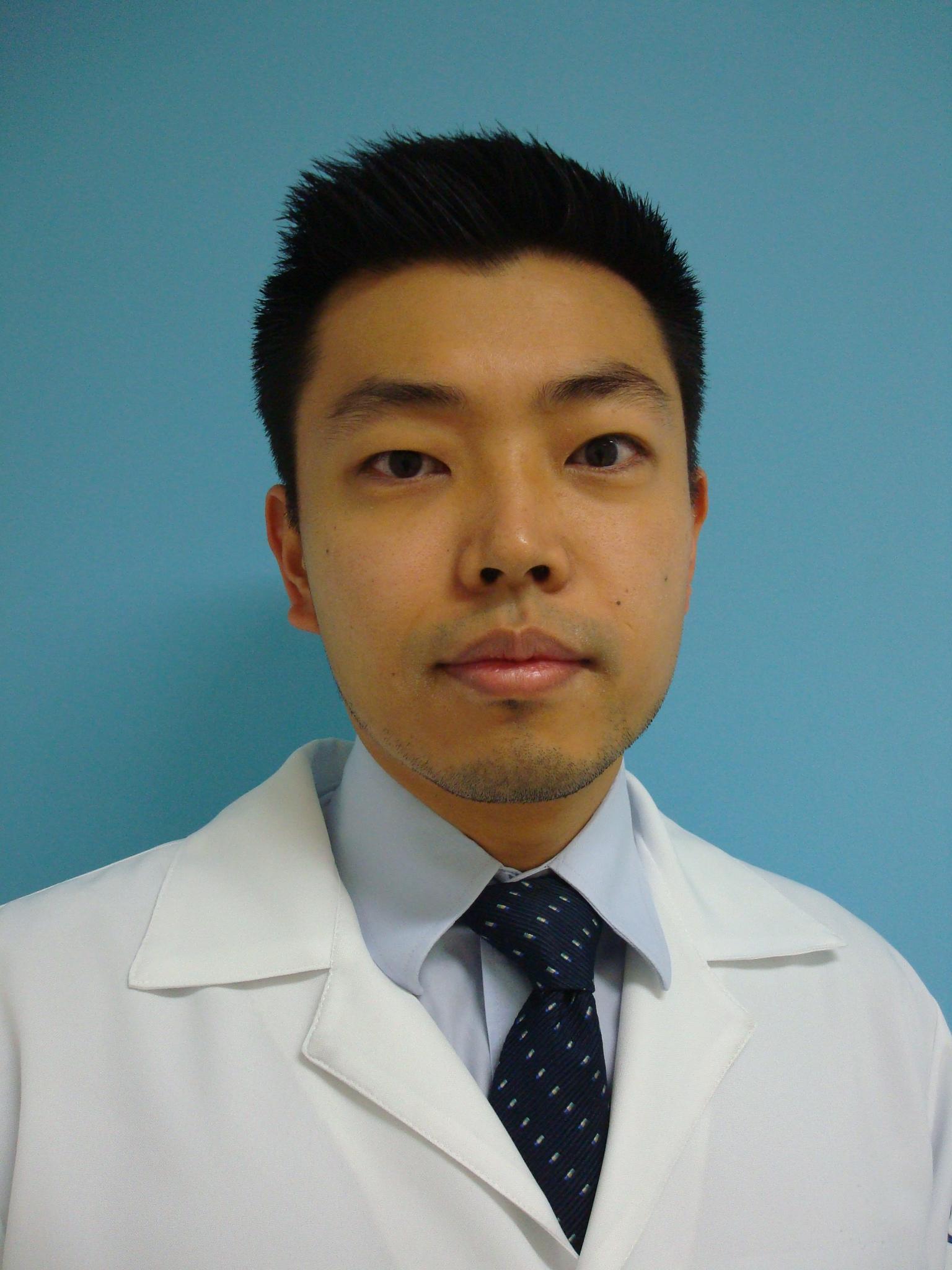 Dr(a) Fabio Akio Oshima