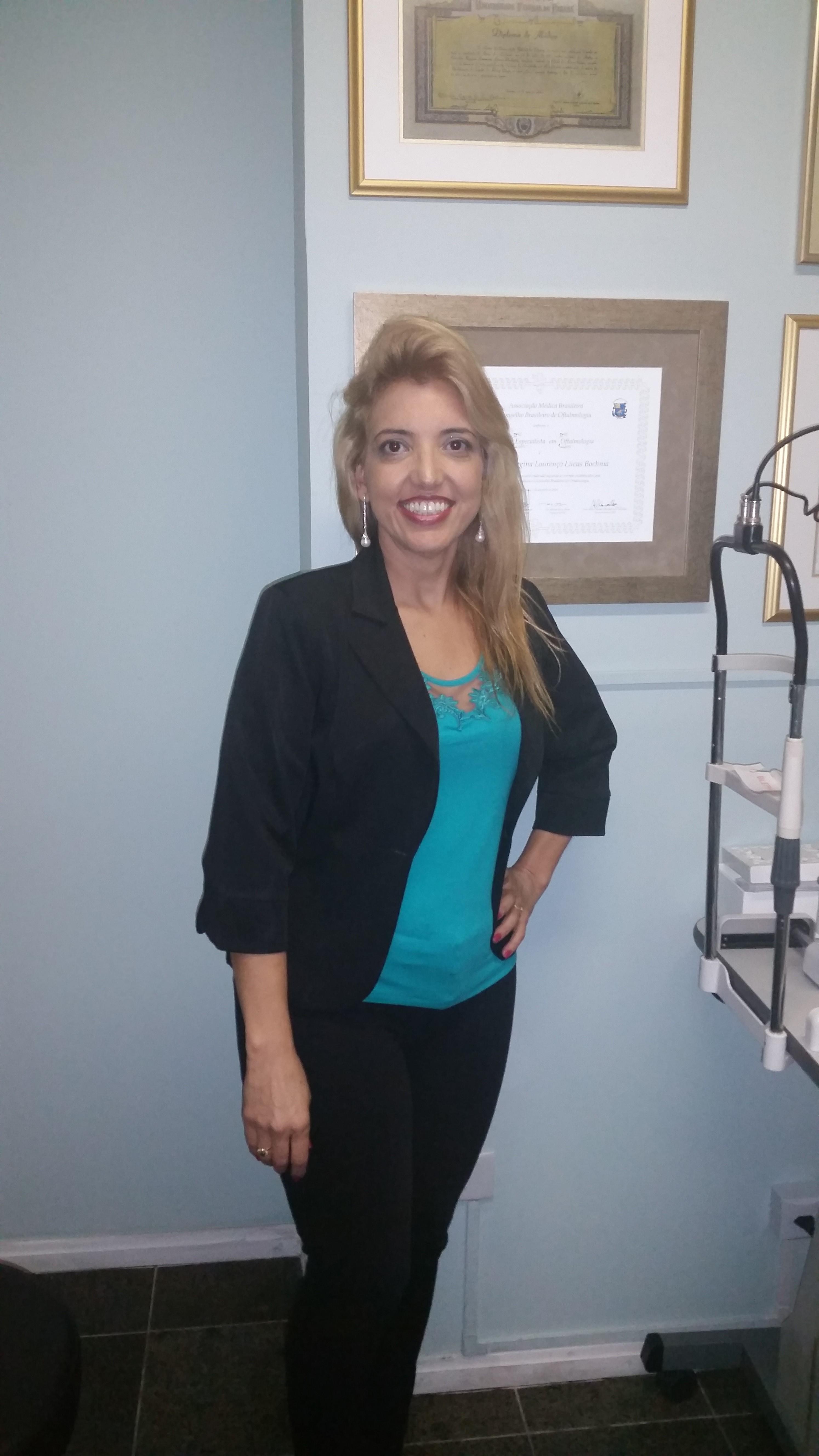 Dr(a) Claudia Lucas Bochnia